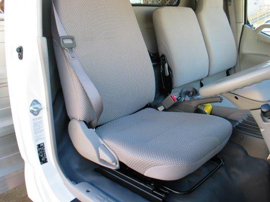 hino_3000_seat